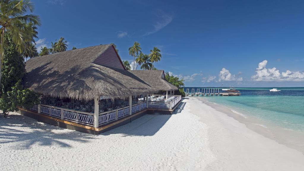 Почивка на Малдивите в Hotel Malahini Kuda Bandos Resort Maldives 4*