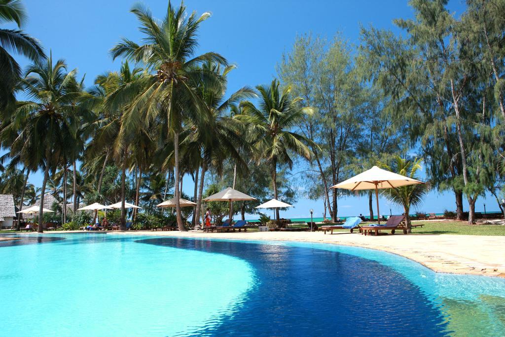Почивка на остров Занзибар 2020 - Hotel Bluebay Beach Resort & Spa Zanzibar 5*