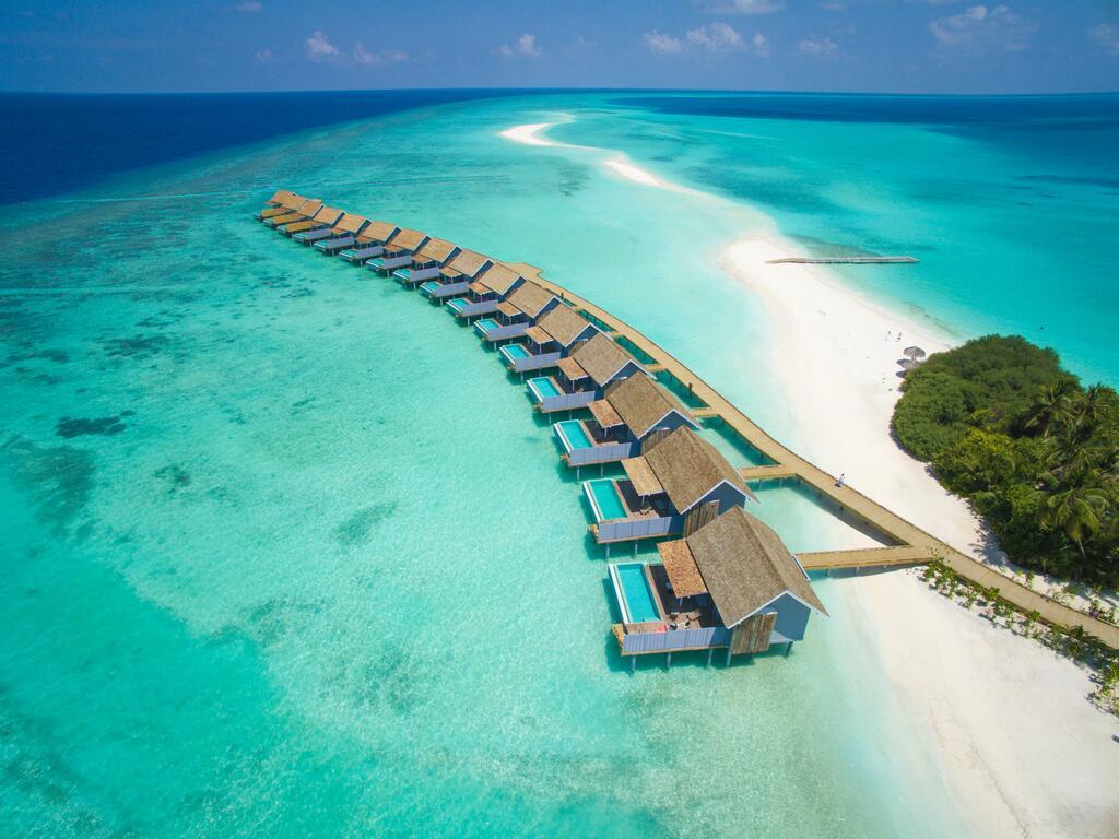Hotel Kuramathi Maldives 4*