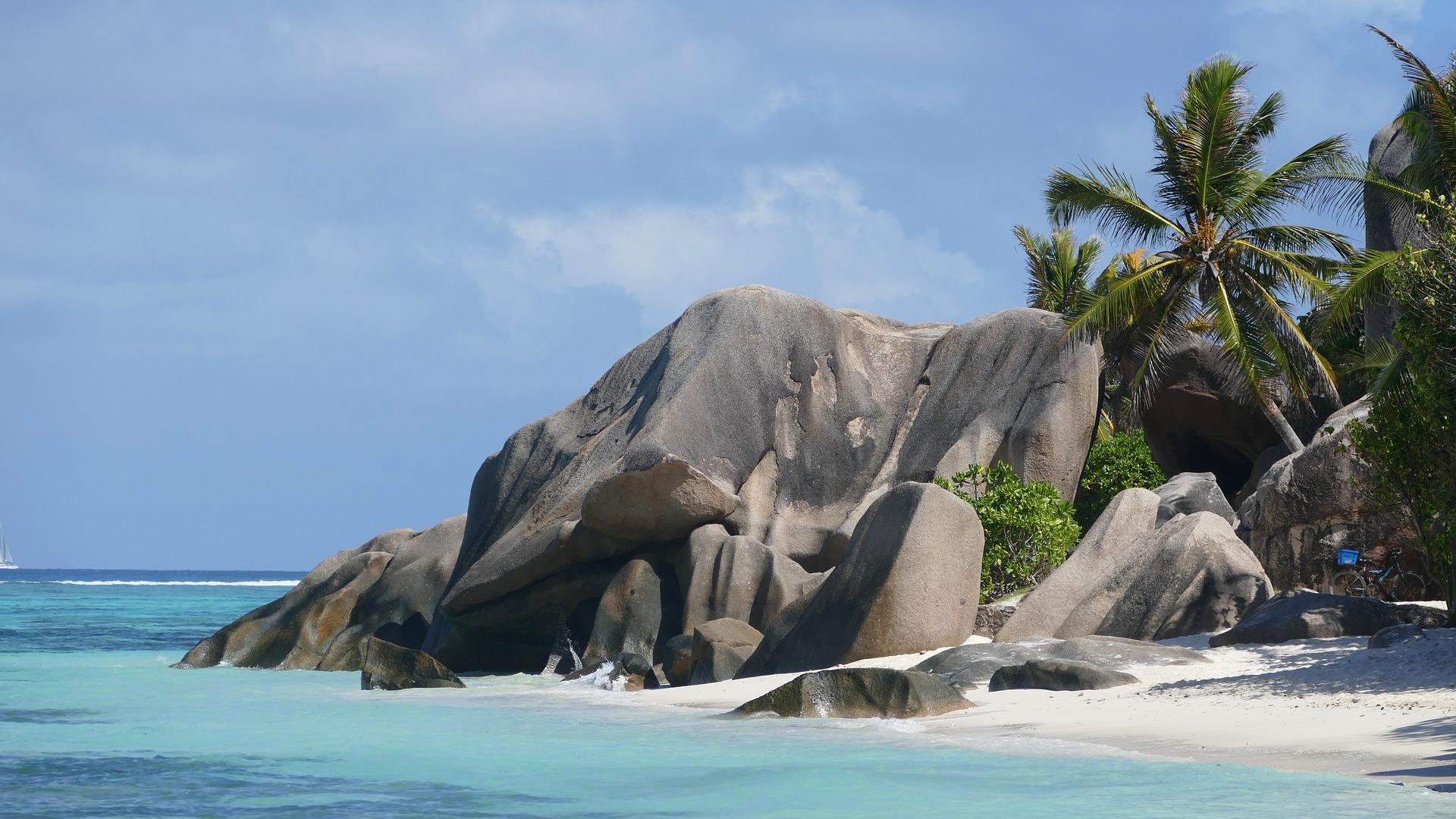 Почивка на Сейшелите с чартър - 23.10.2021;28.01 и 25.02.2022 My Way Travel